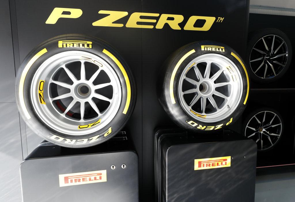 New 18 inch Pirelli tyers for 2010
