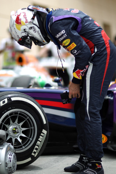 Sebastian Vettel (GER) Red Bull Racing. Formula One World Championship, Rd4, Bahrain Grand Prix, Qualifying, Bahrain International Circuit, Sakhir, Bahrain, Saturday 20 April 2013.