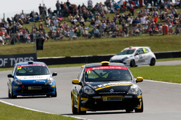 2013 Renault Clio Clup, Snetterton, Norfolk. 2nd - 4th August 2013. Simon Belcher (GBR) Handy Motorsport with Pyro Renault Clio Cup. World Copyright: Ebrey / LAT Photographic.
