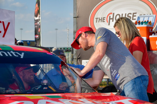 NASCAR XFINITY Series TheHouse.com 300 Chicagoland Speedway, Joliet, IL USA Saturday 16 September 2017 Justin Allgaier, BRANDT / Celebrating the Future of AG Chevrolet Camaro, Dale Earnhardt Jr in victory lane World Copyright: Logan Whitton LAT Images