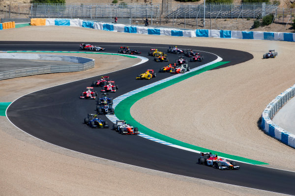 2017 FIA Formula 2 Round 10. Circuito de Jerez, Jerez, Spain. Sunday 8 October 2017. Alex Palou (JPN, Campos Racing), leads Luca Ghiotto (ITA, RUSSIAN TIME) and the rest of the field at the start of the race. Photo: Zak Mauger/FIA Formula 2. ref: Digital Image _X0W2689