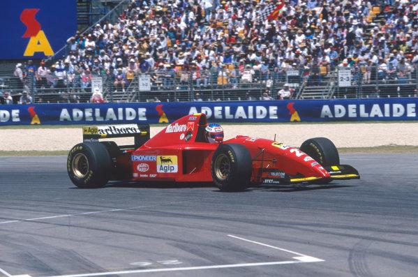 Adelaide, Australia. 10-12 November 1995. Jean Alesi, Ferrari 412T2, retired, action. Ref-95 AUS 50 World Copyright - LAT Photographic