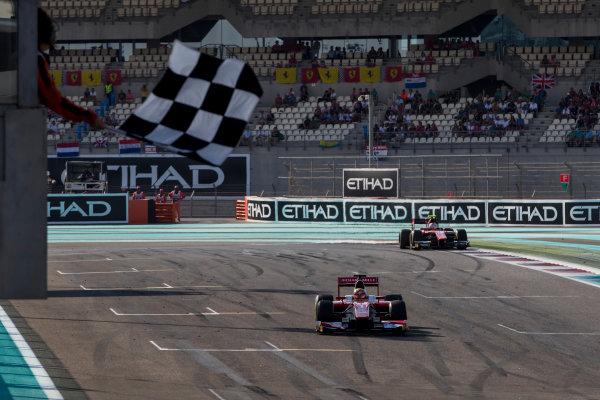 2017 FIA Formula 2 Round 11. Yas Marina Circuit, Abu Dhabi, United Arab Emirates. Sunday 26 November 2017. Charles Leclerc (MCO, PREMA Racing).  Photo: Zak Mauger/FIA Formula 2. ref: Digital Image _56I2386