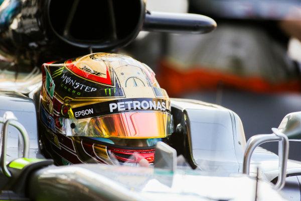 Yas Marina Circuit, Abu Dhabi, United Arab Emirates. Saturday 25 November 2017. Lewis Hamilton, Mercedes AMG. World Copyright: Charles Coates/LAT Images  ref: Digital Image AN7T7577