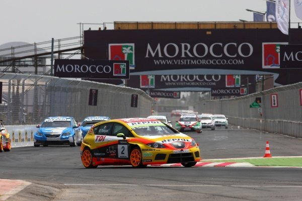 Gabriele Tarquini (ITA), SEAT Leon 2.0 TDI, finished second in race 1.