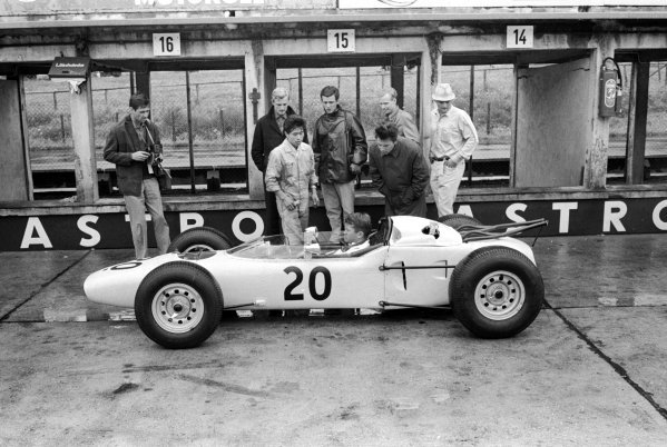 Honda made their F1 debut with fellow debutante Ronnie Bucknum (USA) driving the RA271. He qualified last and spun on the twelfth lap, but was classified in thirteenth place.  German Grand, Prix, Nurburgring, 2 August 1964.