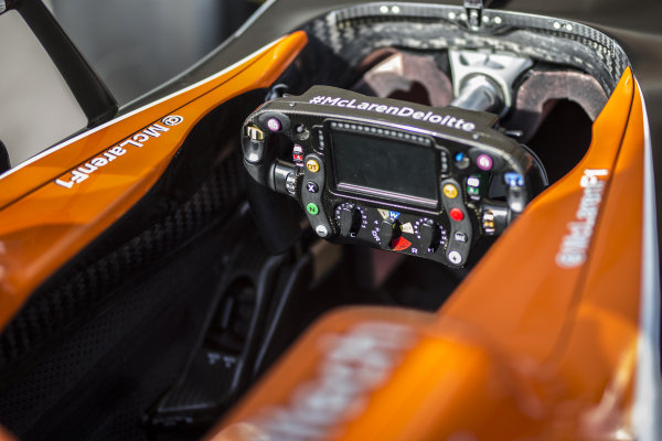 McLaren MCL32 steering wheel at Formula One World Championship, Rd17, United States Grand Prix, Preparations, Circuit of the Americas, Austin, Texas, USA, Thursday 19 October 2017. BEST IMAGE