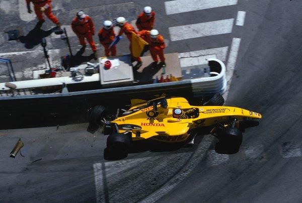 2002 Monaco Grand Prix.Monte Carlo, Monaco. 23-26 May 2002.Takuma Sato (Jordan EJ12 Honda) comes sliding down to the Nouvelle Chicane in his wrecked car, after crashing earlier in the tunnel.Ref-02 MON 06.World Copyright - LAT Photographic