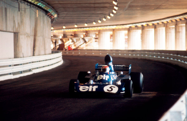 1973 Monaco Grand Prix.Monte Carlo, Monaco.31/5-3/6 1973.Jackie Stewart (Tyrrell 006 Ford) 1st position, in the Tunnel.Ref-73 MON 62.World Copyright - LAT Photographic