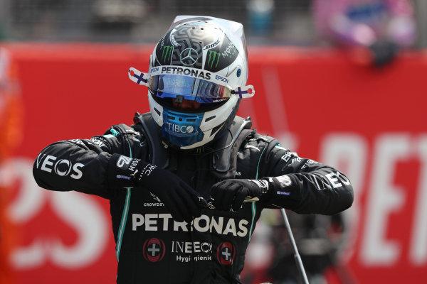 Valtteri Bottas, Mercedes-AMG Petronas F1, on the grid