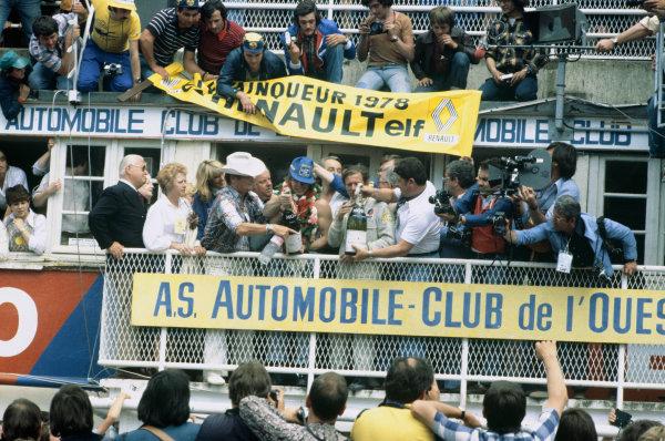 Le Mans, France. 10th - 11th June 1978.Didier Pironi/Jean-Pierre Jaussaud (Renault-Alpine A442B), 1st position, podium, portrait. World Copyright: LAT PhotographicRef: 78LM13.