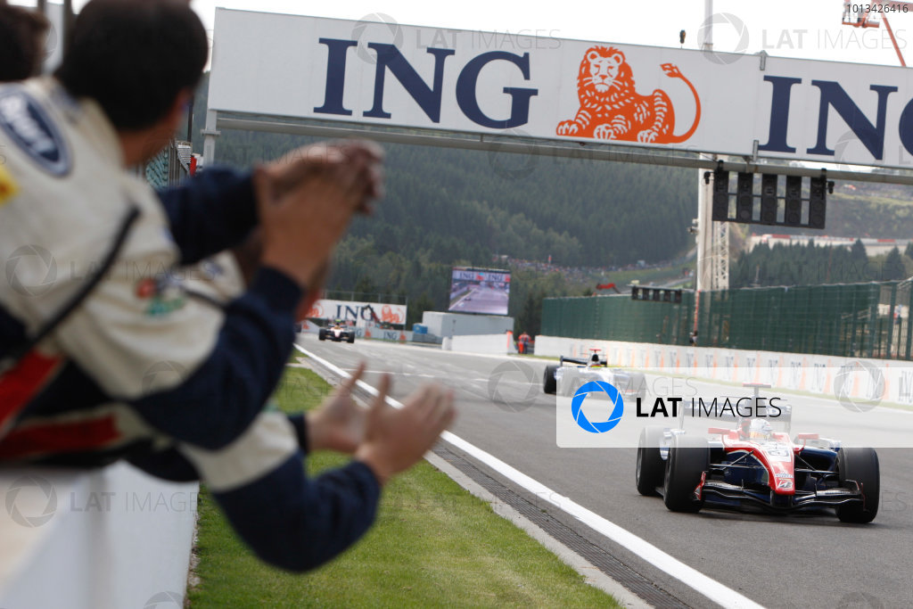 Spa-Francorchamps, Spa, Belgium. 30th August 2009.Sunday Race.Giedo  Van der Garde (NED, iSport International) crosses the line to take victory. Action.  World Copyright: Alastair Staley / GP2 Series Media Service.Ref: _O9T8196 jpg