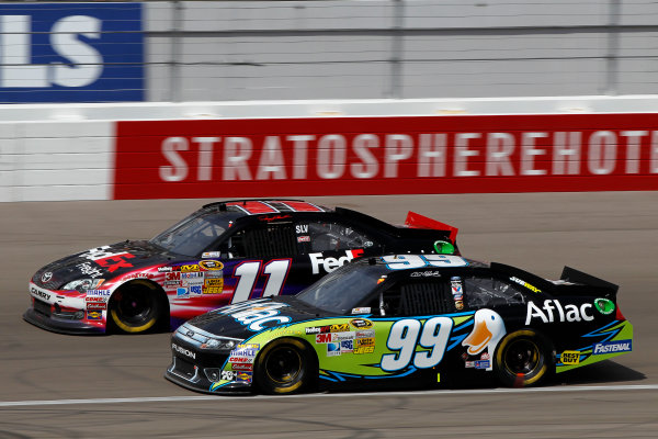 9-11 March, 2012, Las Vegas, NV USACarl Edwards and Denny Hamlin battle for position(c)2012, Lesley Ann MillerLAT Photo USA