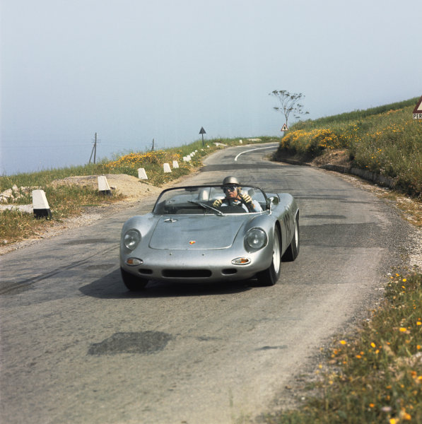Little Madonie Circuit, Sicily, Italy. 5th May 1963 Umberto Maglioli/Giancarlo Baghetti (Porsche 718 WRS), 7th position, action World Copyright: LAT Photographic Ref: 905