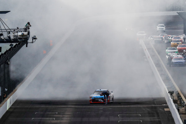 22-23 July, 2016, Indianapolis, Indiana USA Kyle Busch, NOS Energy Drink Toyota Camry, burnout, celebration, the bow ?2016, Michael L. Levitt LAT Photo USA