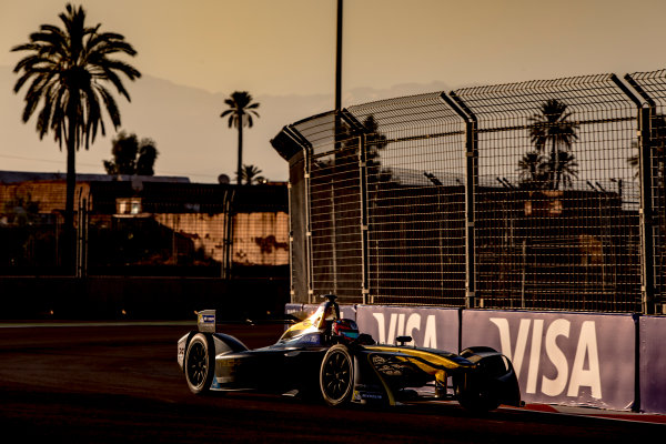 2016/2017 FIA Formula E Championship. Marrakesh ePrix, Circuit International Automobile Moulay El Hassan, Marrakesh, Morocco. Saturday 12 November 2016. Jean-Eric Vergne (FRA), Techeetah, Spark-Renault, Renault Z.E 16.  Photo: Zak Mauger/LAT/Formula E ref: Digital Image _X0W5323
