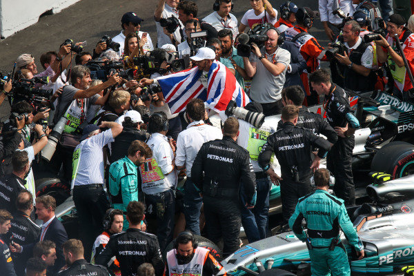 Lewis Hamilton (GBR) Mercedes AMG F1 celebrates in parc ferme at Formula One World Championship, Rd18, Mexican Grand Prix, Race, Circuit Hermanos Rodriguez, Mexico City, Mexico, Sunday 29 October 2017.