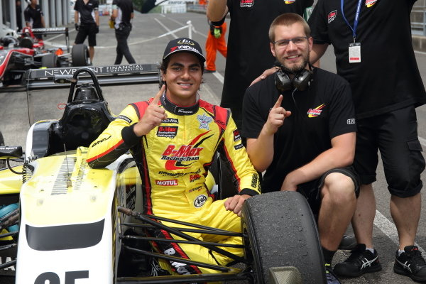 Round 14 Winner Enaam Ahmed, B-Max Racing with Motopark F3, celebrates in parc ferme