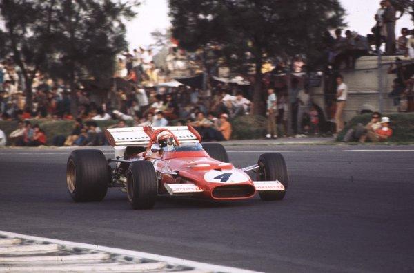 1970 Mexican Grand Prix.Mexico City, Mexico.23-25 October 1970.Clay Regazzoni (Ferrari 312B) 2nd position.Ref-70 MEX 48.World Copyright - LAT Photographic