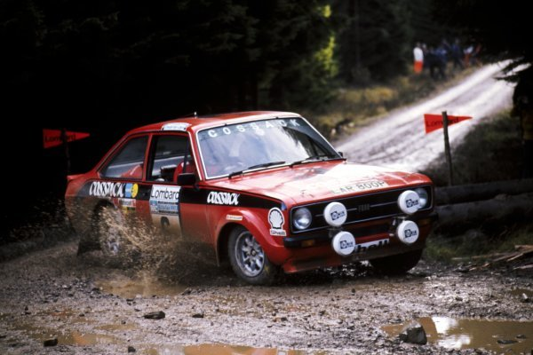Roger Clark (GBR) with co-driver Tony Mason (GBR) Ford Escort RS1800 finished second.Lombard RAC Rally of Great Britain, 22-26 November 1975.