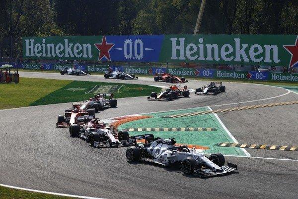 Daniil Kvyat, AlphaTauri AT01, leads Kimi Raikkonen, Alfa Romeo Racing C39, Charles Leclerc, Ferrari SF1000, and Antonio Giovinazzi, Alfa Romeo Racing C39, at the start