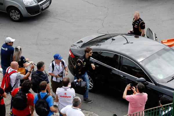 Interlagos, Sao Paulo, Brazil. Sunday 9 November 2014. Romain Grosjean, Lotus F1. World Copyright: Charles Coates/LAT Photographic. ref: Digital Image _J5R5469