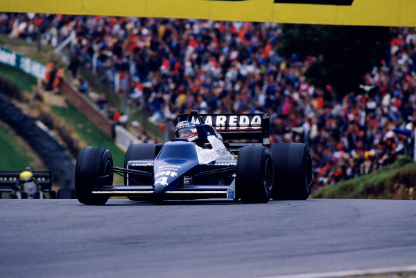 1985 European Grand Prix.Brands Hatch, England.4-6 October 1985.Ivan Capelli (Tyrrell 014 Renault). 