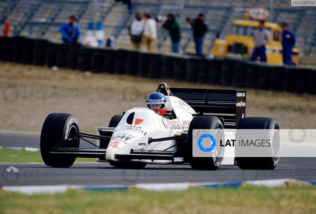 1986 Spanish Grand Prix. Jerez, Spain. 11-13 April 1986. Philippe Streiff (Tyrrell 014 Renault). Ref-86 ESP 58. World Copyright - LAT Photographic
