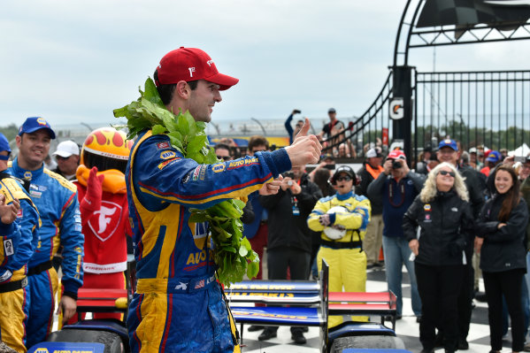 Verizon IndyCar Series IndyCar Grand Prix at the Glen Watkins Glen International, Watkins Glen, NY USA Sunday 3 September 2017 Alexander Rossi, Curb Andretti Herta Autosport with Curb-Agajanian Honda celebrates the win in victory lane. World Copyright: Scott R LePage LAT Images ref: Digital Image lepage-170903-wg-7926
