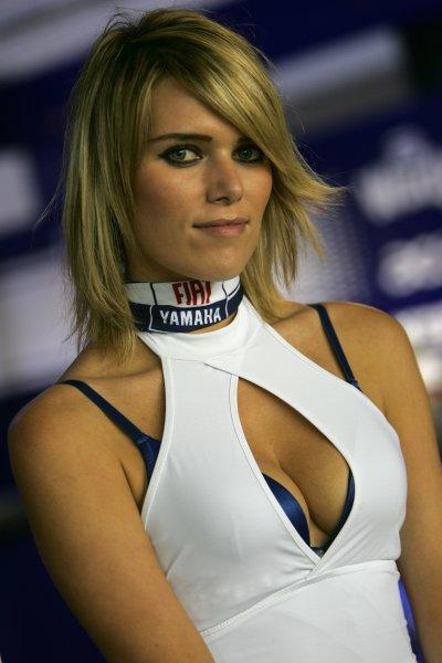 2008 MotoGP. Losail, Qatar. 7th - 9th March 2008. Rd 1. Yamaha grid girl, glamour. World Copyright: Martin Heath/LAT Photographic. Ref: Digital Image Only.