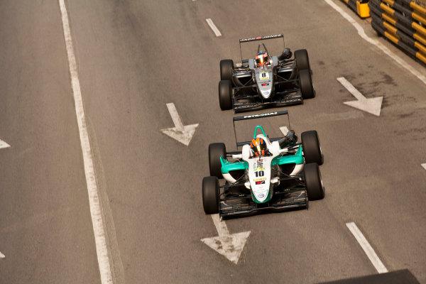 Formula Three. 16th - 19th November 2011. Circuit de Guia, Macau. Jazeman Jaafar, Carlin leads Kevin Magnussen, Carlin. Action. World Copyright: Drew Gibson/LAT Photographic. ref: Digital Image _Y2Z6299