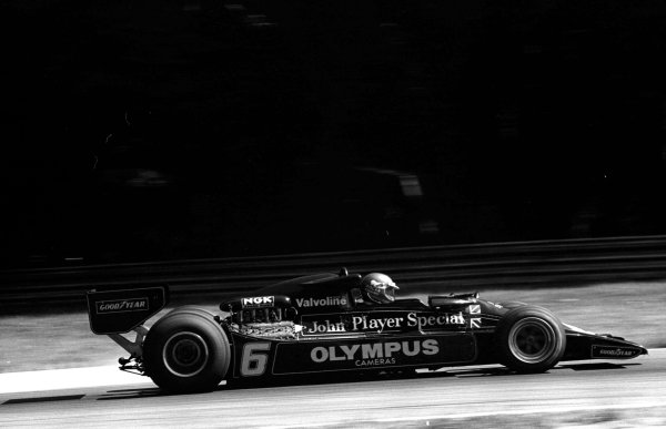 1978 Italian Grand Prix.Monza, Italy. 8-10 September 1978.Ronnie Peterson (Lotus 78-Ford) during practice. He was Tragically killed in a startline accident.World Copyright - LAT Photographic