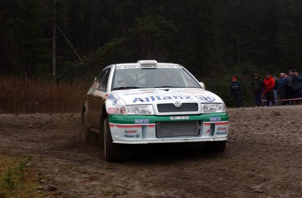 2001 FIA World Rally Championship.Rally of Great Britain. Cardiff, Wales. November 22-25, 2001.Armin Schwarz during shakedown.Photo: Ralph Hardwick/LAT