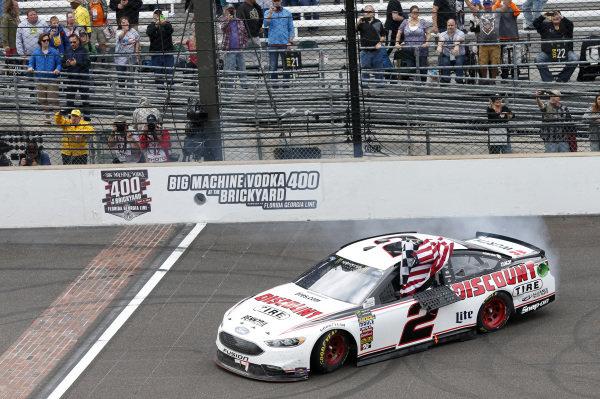 #2: Brad Keselowski, Team Penske, Ford Fusion Discount Tire