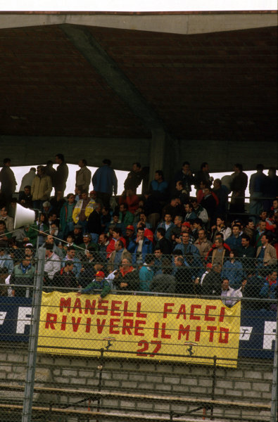 Imola, Italy.21-23 April 1989.The tifosi was in full support of it's hero Nigel Mansell.Ref-89 SM 11.World Copyright - LAT Photographic
