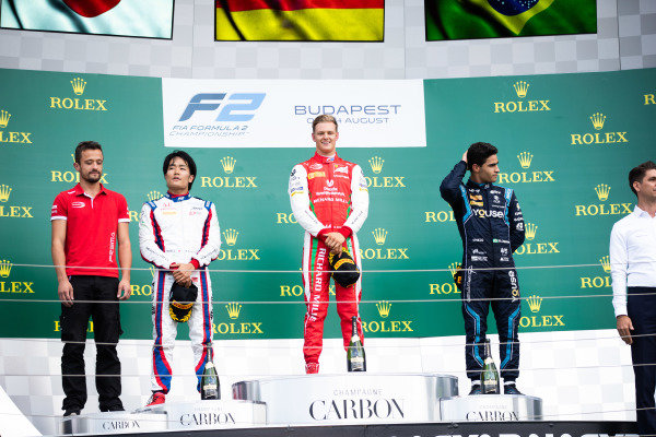 HUNGARORING, HUNGARY - AUGUST 04: Mick Schumacher (DEU, PREMA RACING) Nobuharu Matsushita (JPN, CARLIN) and Sergio Sette Camara (BRA, DAMS) during the Hungaroring at Hungaroring on August 04, 2019 in Hungaroring, Hungary. (Photo by Joe Portlock / LAT Images / FIA F2 Championship)