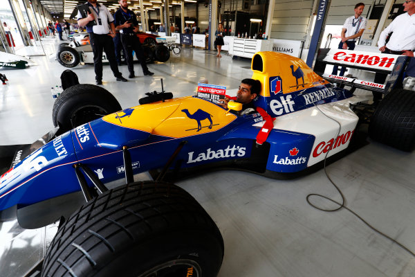 Williams 40 Event Silverstone, Northants, UK Friday 2 June 2017. Karun Chandhok reads Autosport before demonstrating a Williams FW14 Renault. World Copyright: Sam Bloxham/LAT Images ref: Digital Image _W6I6749