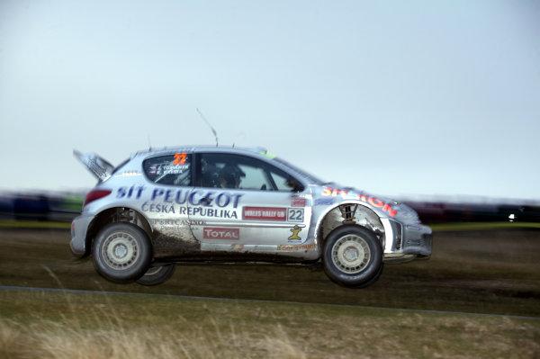 2003 FIA World Rally Champs. Round fourteen Wales Rally GB 6th-9th November 2003.Roman Kresta, Peugeot, Action.World Copyright: McKlein/LAT