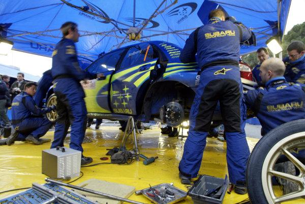 2004 FIA World Rally Champs. Round one, Monte Carlo Rally.22nd-25th January 2004.Petter Solberg, Subaru, service.World Copyright: McKlein/LAT