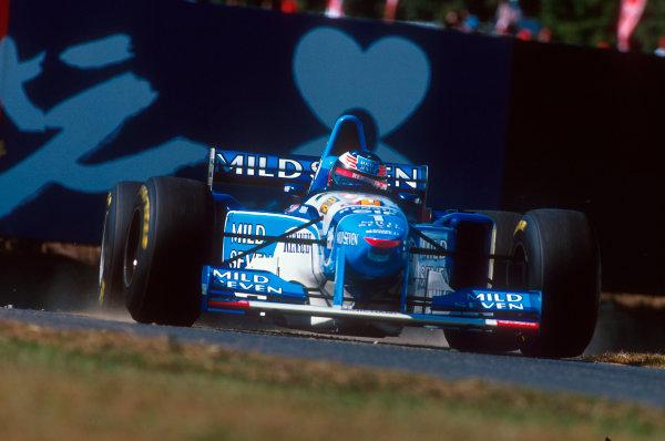 Suzuka, Japan.27-29 October 1995.Michael Schumacher (Benetton B195 Renault) 1st position.Ref-95 JAP 08.World Copyright - LAT Photographic