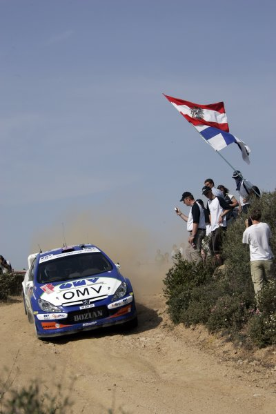 2006 FIA World Rally Championship.Round 7. 18th - 21st May 2006.Rally of Italy, Sardinia.Manfred Stohl, Peugeot 307 WRC, action.World Copyright: McKlein/LAT