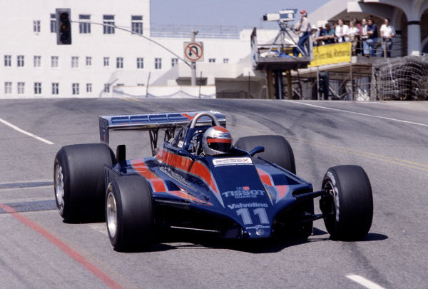 1980 United States Grand Prix West.Long Beach, California, USA.28-30 March 1980.Mario Andretti (Lotus 81 Ford).Ref-80 LB 28.World Copyright - LAT Photographic