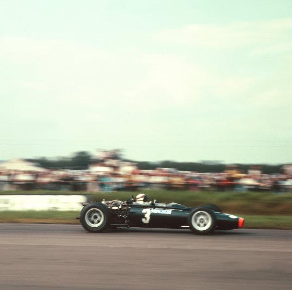 1967 British Grand Prix.Silverstone, England.13-15 July 1967.Jackie Stewart (BRM P83).Ref-3/3071.World Copyright - LAT Photographic