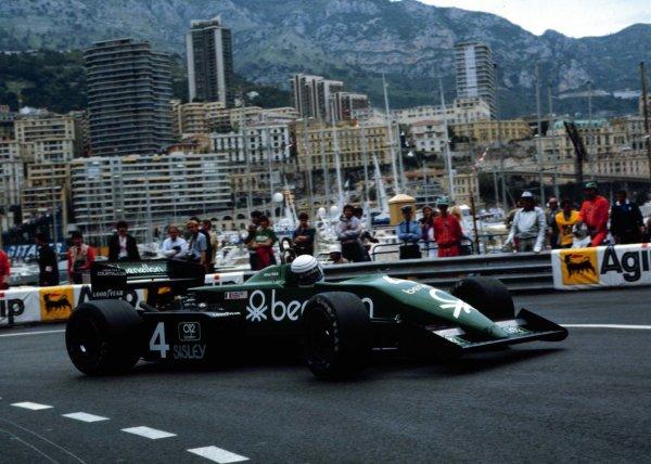 1983 Monaco Grand Prix.Monte Carlo, Monaco.12-15 May 1983.Danny Sullivan (Tyrrell 011 Ford) 5th position.World Copyright - LAT Photographic
