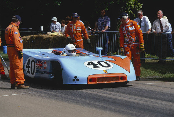 2002 Goodwood Festival of SpeedGoodwood, England. 12th - 14th July 2002.Vic Elford, Porsche 908/3.World Copyright: Jeff Bloxham/LAT Photographicref: 35mm Image A01