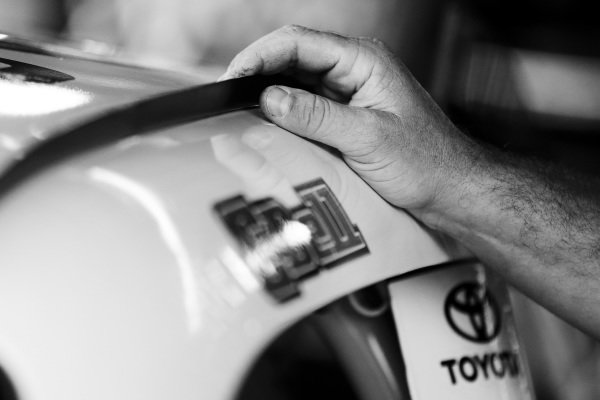 #20: Christopher Bell, Joe Gibbs Racing, Toyota Camry Rheem crew member
