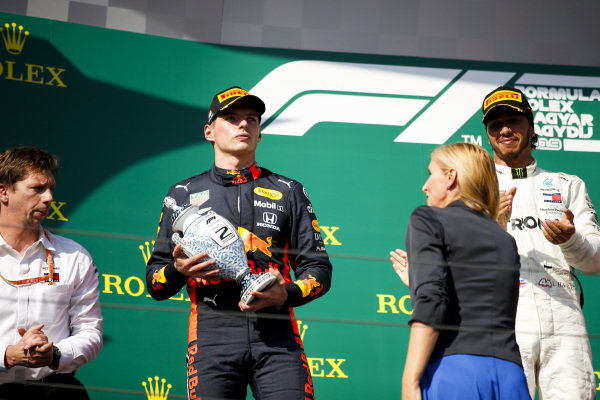 bmp, 2nd position, receives his trophy