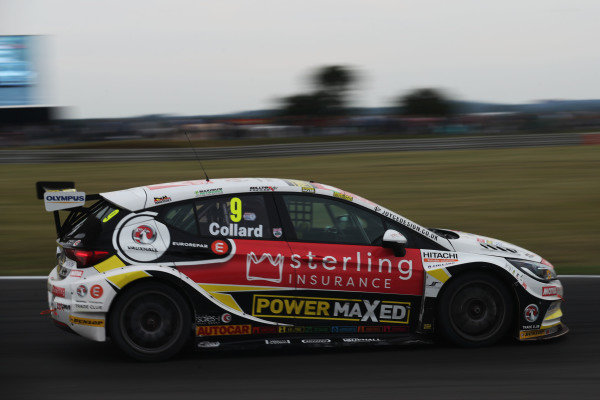 Rob Collard (GBR) Power Maxed Racing Vauxhall