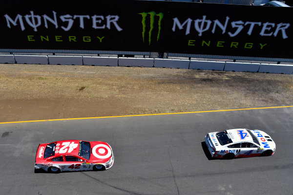 Monster Energy NASCAR Cup Series Toyota/Save Mart 350 Sonoma Raceway, Sonoma, CA USA Sunday 25 June 2017 Kevin Harvick, Stewart-Haas Racing, Mobil 1 Ford Fusion and Kyle Larson, Chip Ganassi Racing, Target Chevrolet SS World Copyright: Nigel Kinrade LAT Images