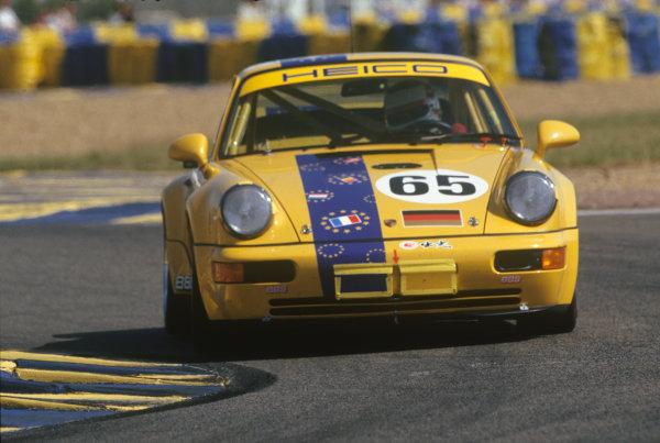 Le Mans, France. 19th - 20th June 1993.Ulli Richter/Dirk Ebeling/Karl-Heinz Wlazik (Porsche Carrera RSR), 17th position, action. World Copyright: LAT Photographic.Ref:  93LM14.